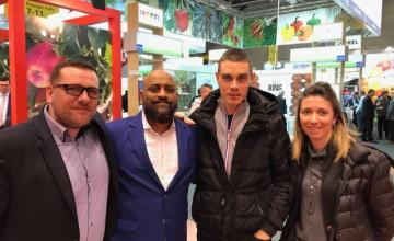 SAMUEL Claire et Paul à la rencontre des clients export au FRUTLOGISTICA BERLIN